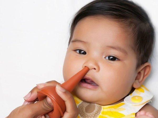 có nên hút mũi cho bé