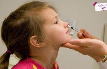 có nên rửa mũi cho bé bằng xilanh