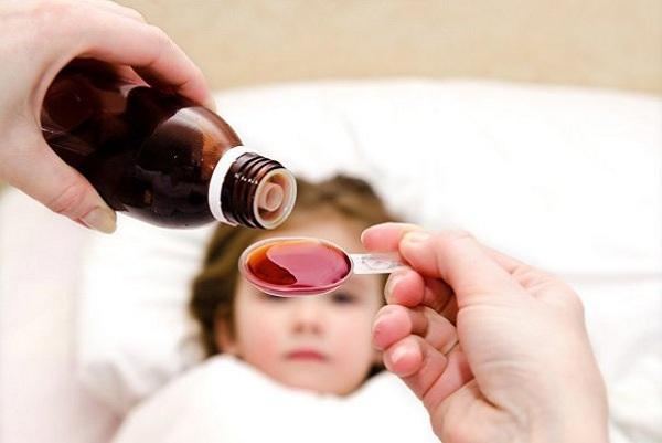 thuốc tiêu đờm cho trẻ sơ sinh bằng siro
